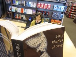 harry whatcha read-oh my ... by NicoleFrost
