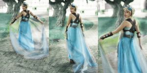 looks like im the queen Steampunk Elsa cosplay by MissWeirdCat