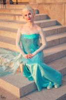 Elsa I by EnchantedCupcake