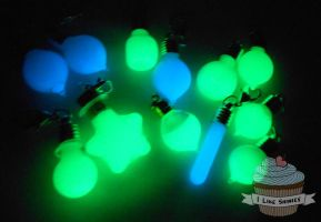 Glowing bottles random grab bag by ilikeshiniesfakery