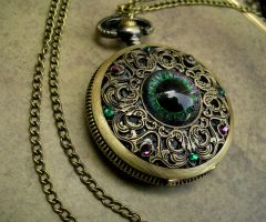 Green Purple - Regal Dragon Eye Watch - Colorshift by LadyPirotessa