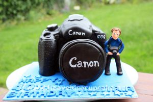 Canon Camera Cake by peeka85