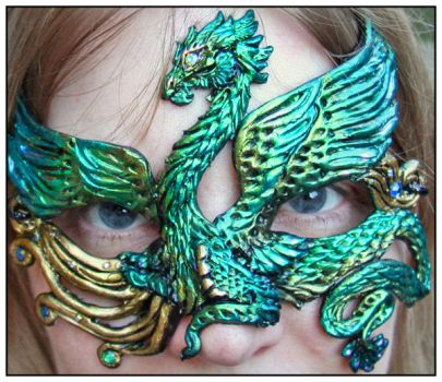 Feathered Dragon Mask by Namingway