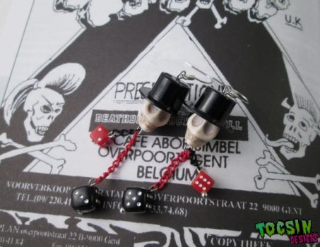 TOP HAT SKULL and DICES EARRINGS by TocsinDesigns