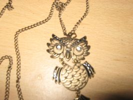 owl by Izzy-Nightshade