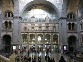 Antwerp Central Station Hall by kanyiko