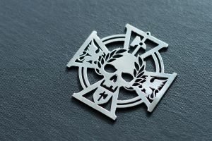 The Empire sign pendant Warhammer Fantasy by Snoopyc