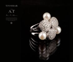 Ring made of gold with black diamonds and pearls by tivodar66