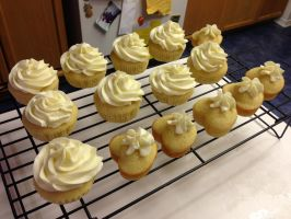 Lemon Cupcakes/Hearts with Lemon Buttercream by Cassandrina