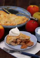 Classic Apple Pie (with recipe) by theresahelmer