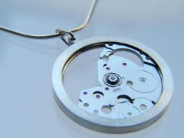 Clockwork Pendant II by deaddamien