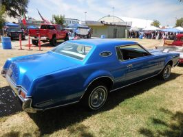 Another Blue Lincoln Continental lowrider by Jetster1