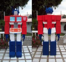 Optimus Prime Sculpture 2009-2010 by villamar