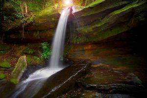 Somersby Falls by LPhotos