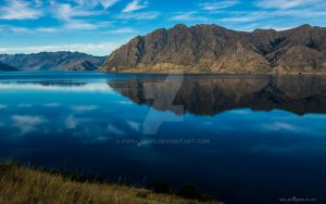 Lake Hawea, New Zealand by pwillyams