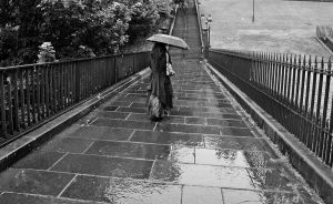 Raining in Edinburgh by Estruda