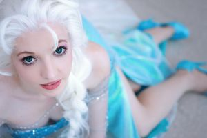Elsa: The Queen by princess-soffel