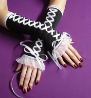 Arm Warmers Black and White by Estylissimo