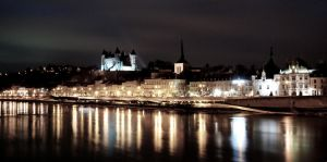 Saumur at night by annamarcella24