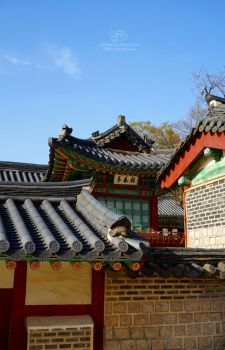 Seoul temple architecture II by Lykorias