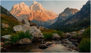 Cascade Canyon - Sunset by wyorev