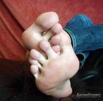 My Feet with Lotion by KarinaDreamer