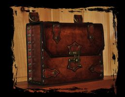 leather shoulder bag by Lagueuse