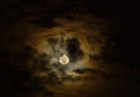 The Moon Approaches Uncharted Territory by SrTw