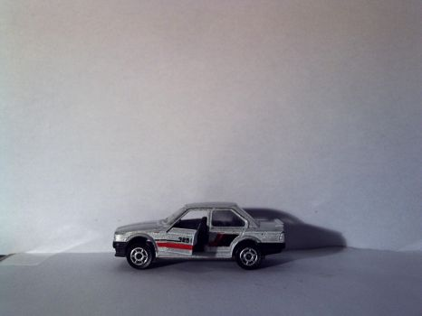 majorette BMW 325i 1 side by theoldhorse2