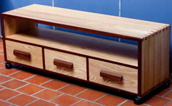 TV-stand with nejiri arigata joint by thepakle