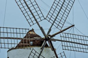 Windmill by forgottenson1