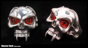 Monster skull ring by Dans-Magic