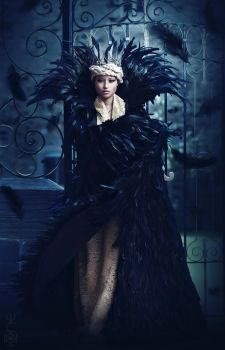 Cold hearted Queen - Ravenna SWatH by the-mirror-melts