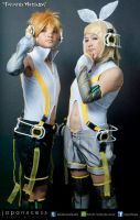 Rin and Len Kagamine Append by ShuhheiLainSora