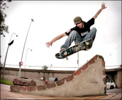 Eric - Ollie In by SnoopDong
