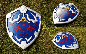 Hylian Shield by SoulessStranger