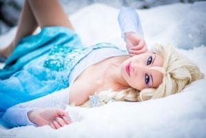 The cold never bothered me anyway by CosplaySymphony