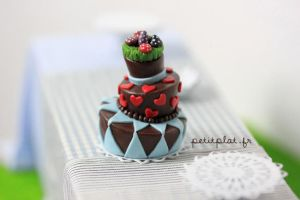 Polymer Clay Tutorial - Wonky Cake by PetitPlat