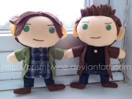 Commish: Mini Winchesters by prismtwine