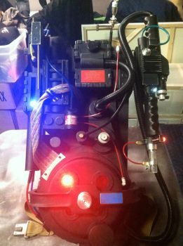 GHOSTBUSTERS PROTON PACK by quietonthesetstudios