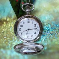 Glitter clock by FrancescaDelfino