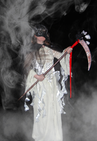 MASQUE [The Lady in White] Smoke 3 by obscurepairing