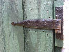 Old Hinge by josmith