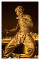 Bruce Lee Statue by jawg1982