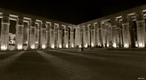 Peristyle court of the Luxor by ahmedyousri