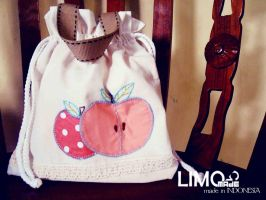 Apple by LIMOmade