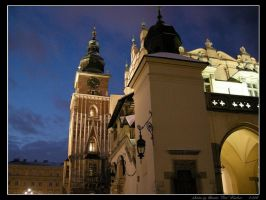 Night in Cracow: The Town Hall by Lady-CaT