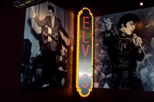 Elvis' Name In Lights 2 by onyxswami