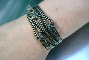 Silver Uno Dos Tres Zipper Bracelet by deathbysunset
