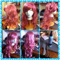 How to sooth a curly wig by LuckyGrimCosplay